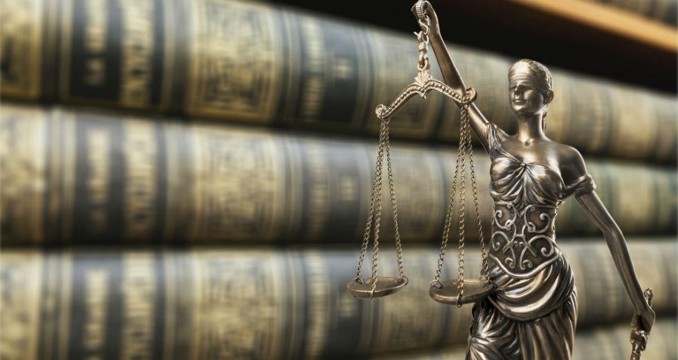 Στον αστερισμό της παρέμβασης Σαλμά στη Δικαιοσύνη